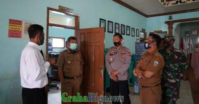 Bupati Garut Tinjau Pelaksanaan PSBM di Desa Karangmulya Kadungora