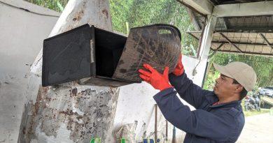 Kelompok Swadaya Masyarakat (KSM) Al-falah Desa Mekarwangi Bangun Tempat Pengelolaan Sampah Secara Mandiri