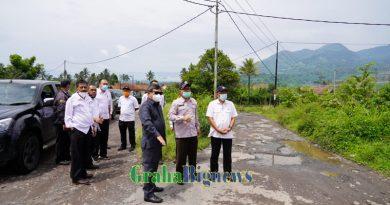 Bupati Garut Monitoring Infrastruktur Jalan di Kabupaten Garut