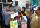 Kapolsek Mewakili Kapolres Garut Giat Bakti Kemanusiaan Terhadap Keluarga Korban Terperosok Ke Dalam Septiteng Di Kp. Cibening Garut Kota