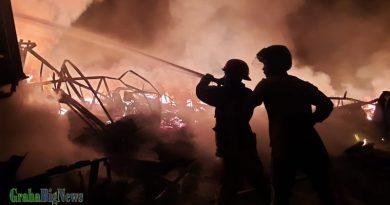 Pasar Leles Terbakar, Ratusan Kios dan Lapak PKL Hangus Dilalap Api